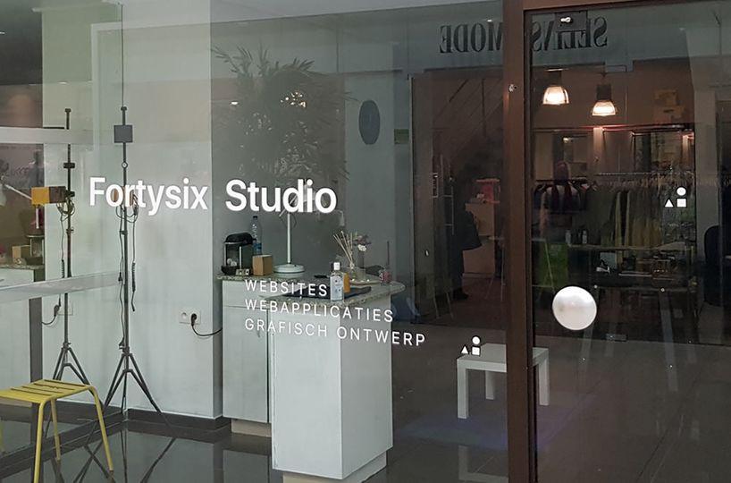 NEW in Shopping 3 GENK : creatief bureau fortysix.be !